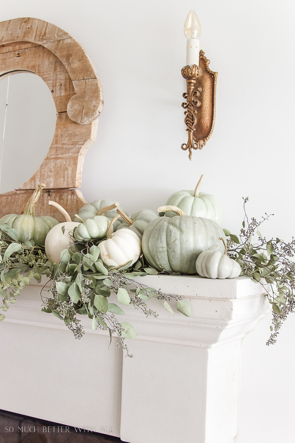 green and white pumkins